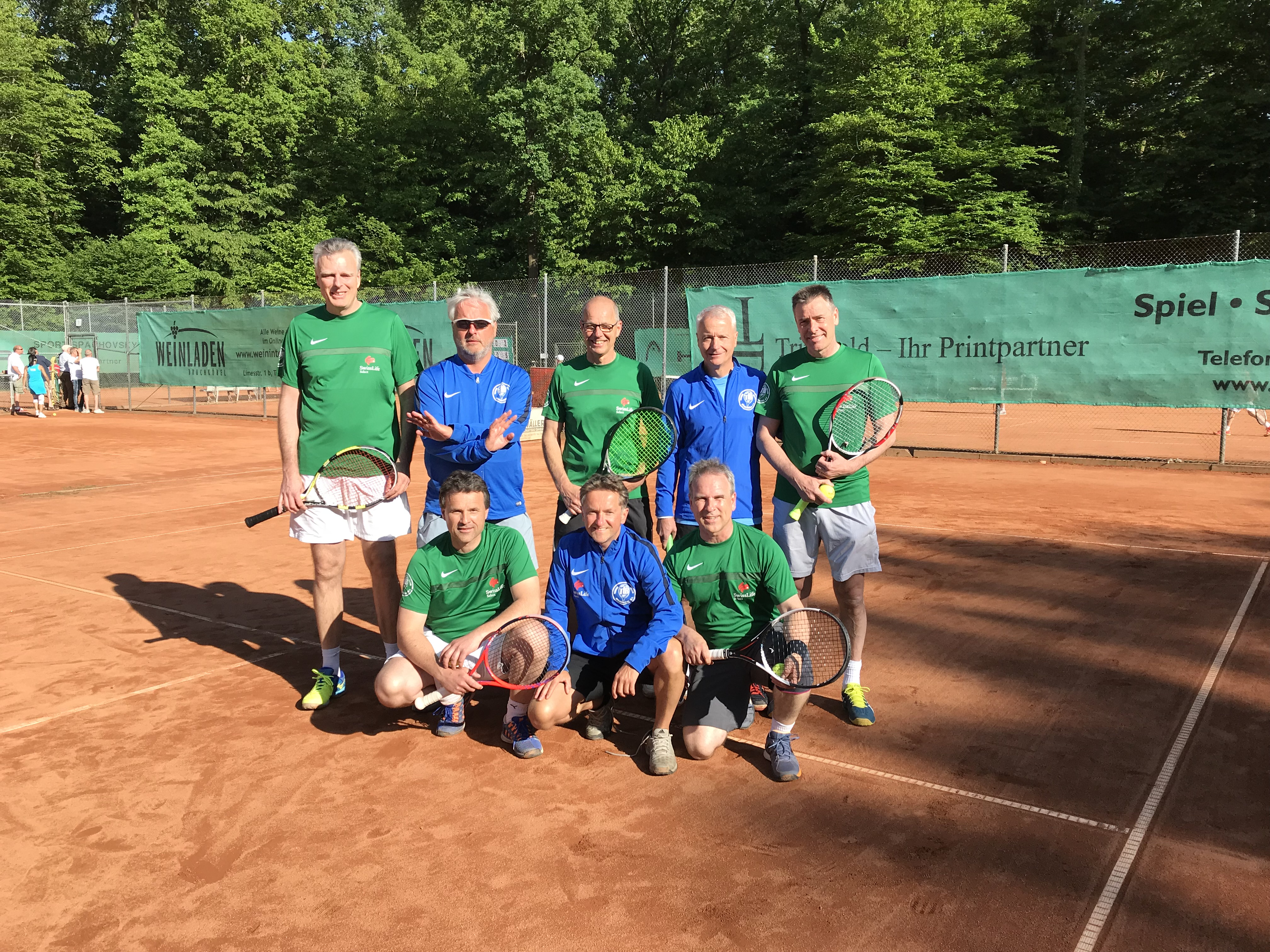 Spielbericht: Bezirksoberliga, Herren 50, TCB – Teutonia Hausen 8:1